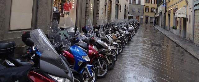 Ventimiglia scooters – Des vies autour du monde – Récit de voyage