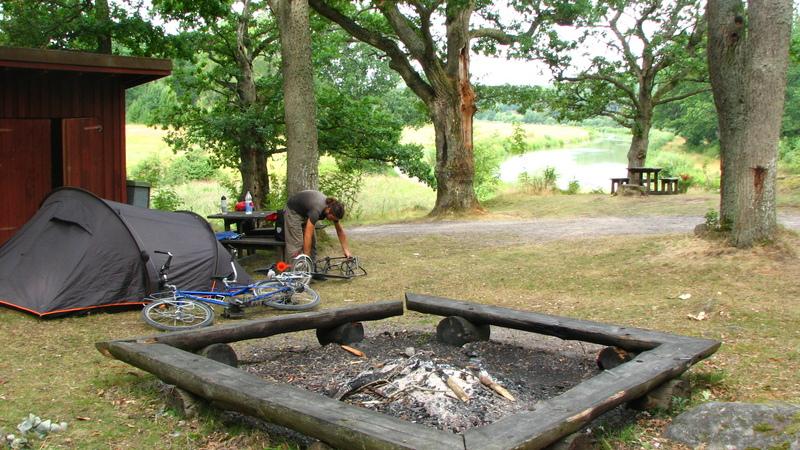 canal vers stockholm camping sauvage aménagé